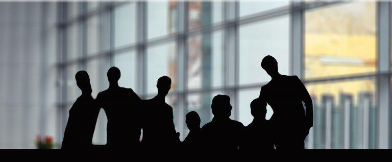 Skuteczna komunikacja grupowa – dlaczego ma znaczenie?