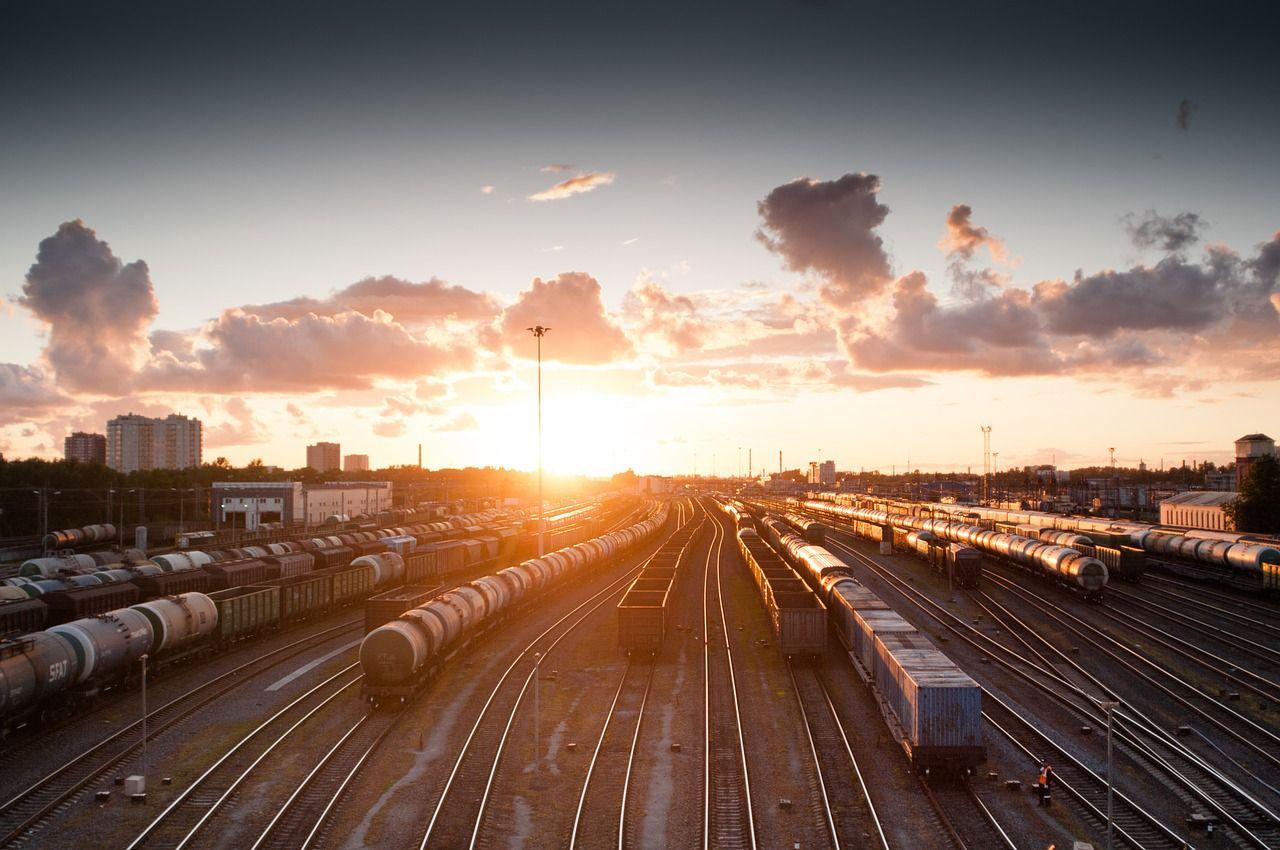 Rozwój firmy transportowej – jak działać, aby osiągnąć sukces?