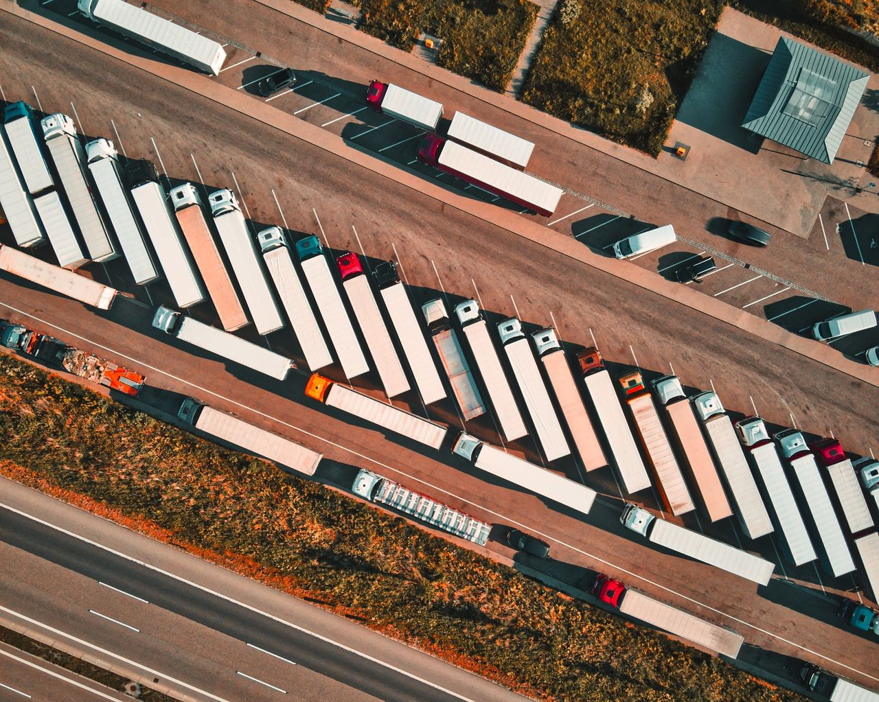 Skuteczny plan strategiczny firmy z branży logistycznej – czyli jaki?